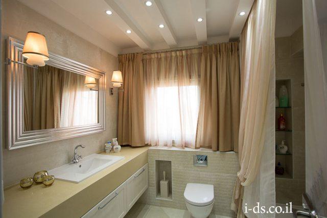 עיצוב אמבטיה בסגנון קלאסי.אירנה פטרושקו אדריכלית פנים. עיצוב ותכנון דירות ובתים פרטיים