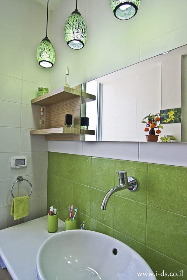 תכנון ועיצוב חדר אמבטיה מרענן.אירנה פטרושקו אדריכלית פנים. עיצוב ותכנון דירות ובתים פרטיים
