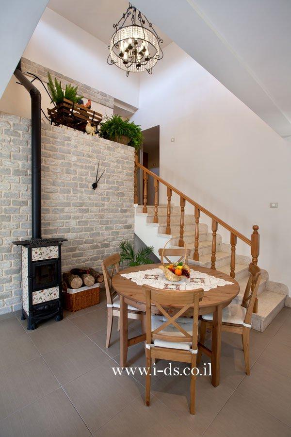 עיצוב פינת אוכל בסגנון פרובנס. אירנה פטרושקו אדריכלית פנים. עיצוב ותכנון דירות ובתים פרטיים