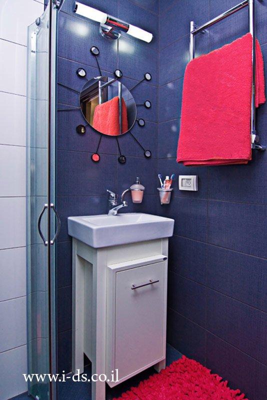 חדר מקלחת מעוצב.מעצבת פנים אירנה פטרושקו.