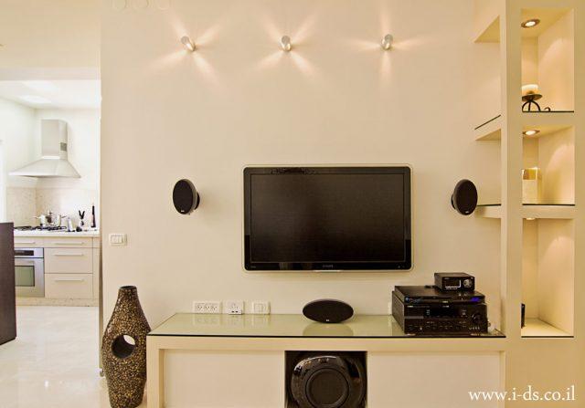 עיצוב פינת טלוויזיה.אירנה פטרושקו אדריכלית פנים. עיצוב ותכנון דירות ובתים פרטיים