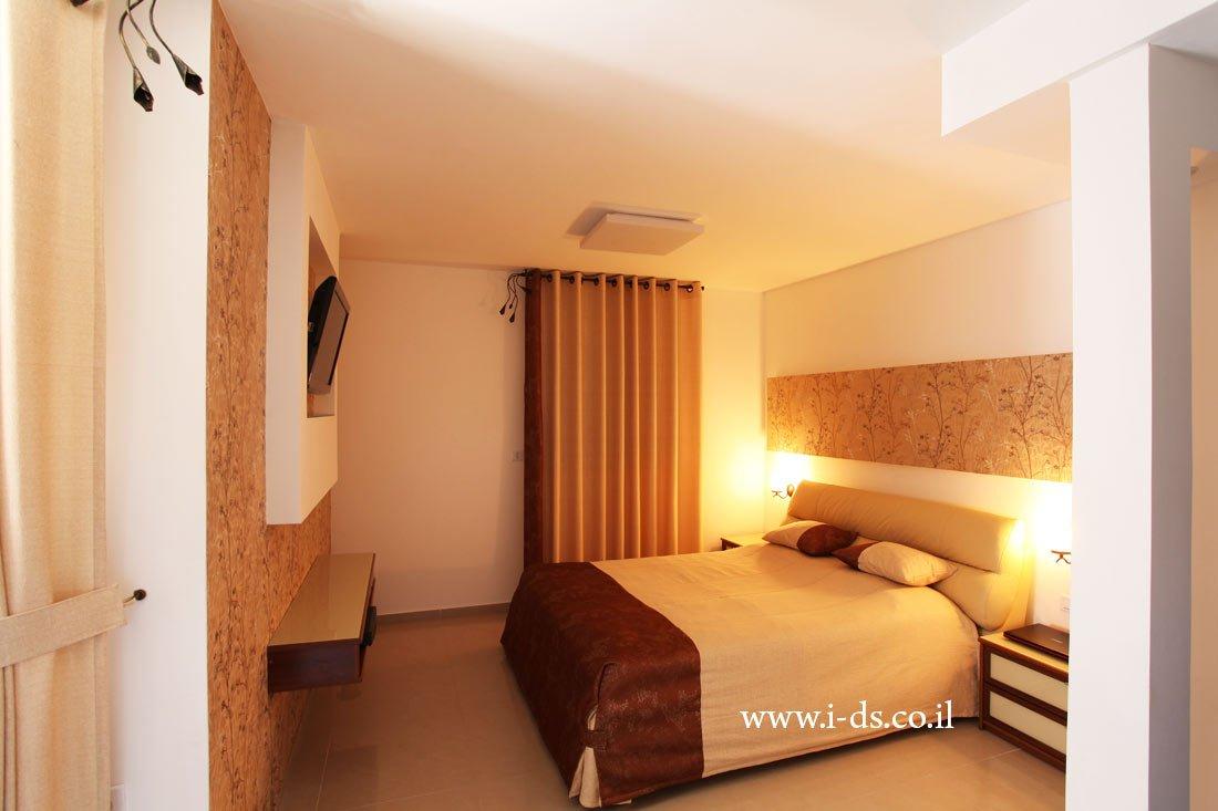 עיצוב חדר שינה בסגנון רומנטי. אדריכלית אירנה פטרושקו עיצוב ותכנון דירות ובתים פרטיים
