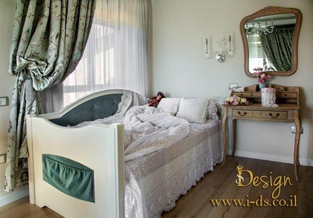 עיצוב חדר שינה יוקרתי בסגנון קלאסי. עיצוב ותכנון ריהוט בהתאמה אישית .אירנה פטרושקו מעצבת פנים.