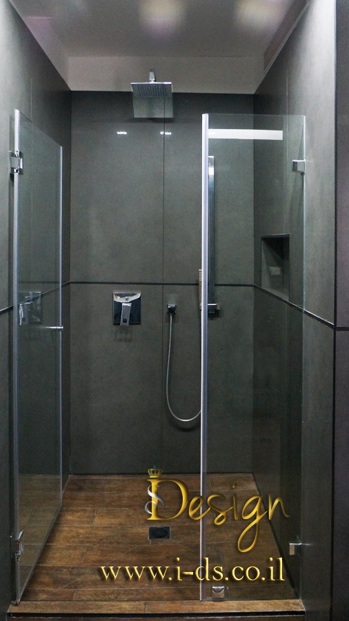 עיצוב מקלחת בסגנון מודרני.ארנה פטרושקו מעצבת פנים.