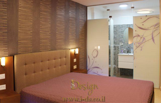 עיצוב ותכנון חדר שינה עם יחדת הורים.